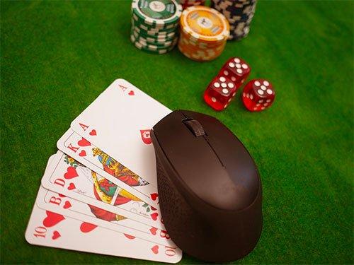 オンラインカジノをはじめるきっかけ - 意見交換の場