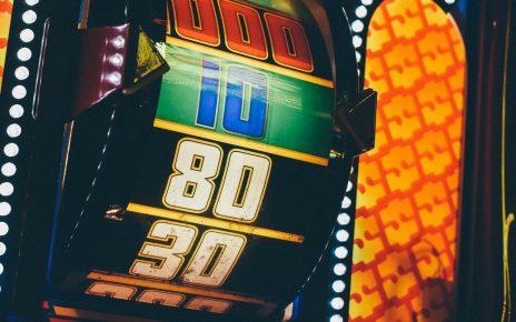 オンラインカジノのカジノボーナスの種類を調べてみた!